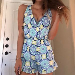 Francesca's Everly Romper Like New Floral Sz S